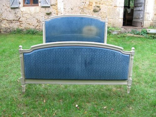 Lovely Antique French King Size Bed - kj766